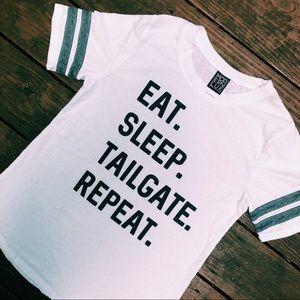 "nwot ""eat sleep tailgate repeat"" tee"